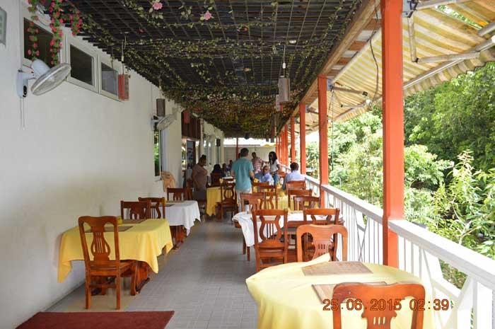 多米尼克當地中餐廳