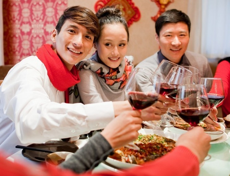 香港居民在內地超齡子女申請來港須..