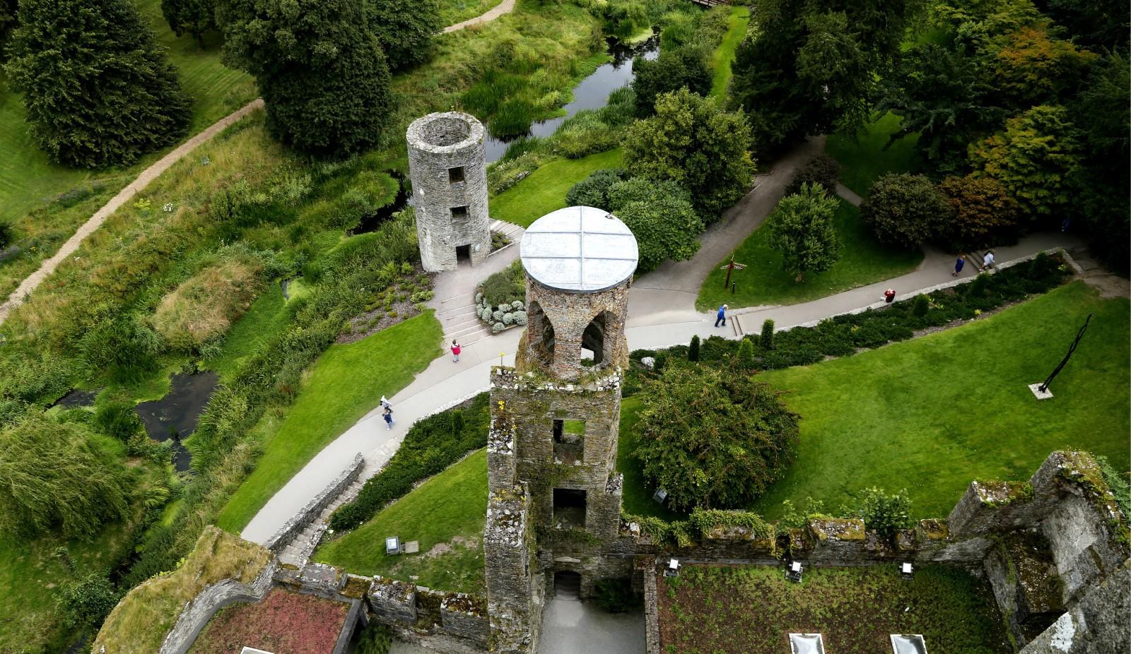 布拉尼城堡(Blarney Castle)